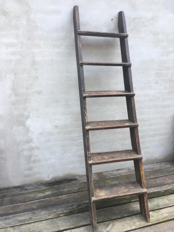 Stoere stevige oud doorleefd houten trap ladder landelijk rek schap zoldertrap vliering industrieel stoer 213 x 54 cm
