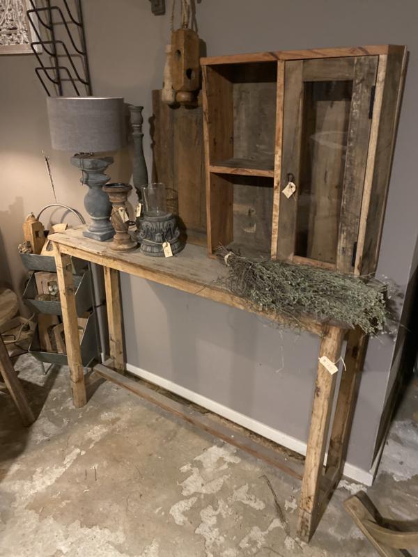 Oude doorleefd vergrijsd houten sidetable 120 cm buro bureau oud metalen beslag landelijk oud hout stoer boerentafel