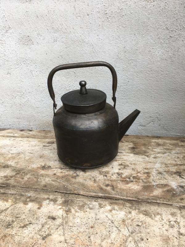 Leuke metalen hanger decoratie ketel theepot theepotje schenkkan keuken landelijk industrieel vintage