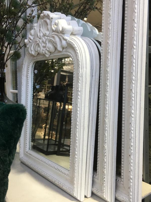 Stoere witte wit houten spiegel groot 150 x 108 cm oak eik eiken landelijk shabby met kuif kuifspiegel Classic klassiek lifestyle