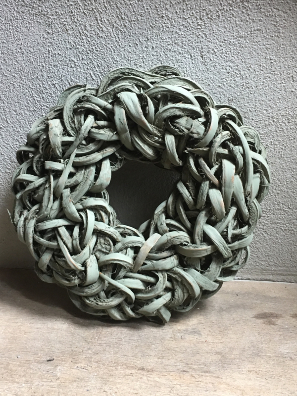 Grijs groene old green wash Krans krul Coco cut wreath 55 cm