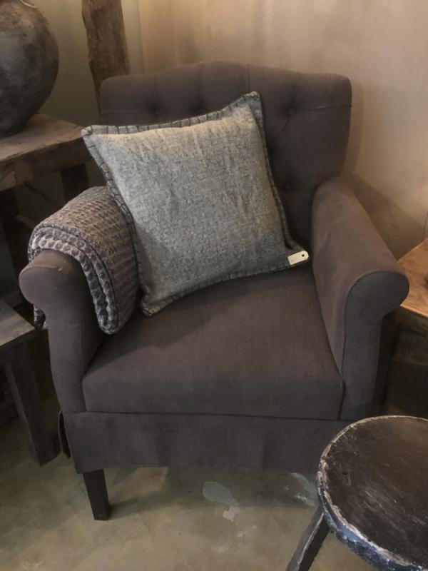 Stoere landelijke stoel Eetkamerstoel fauteuil gecapitonneerd Woodle