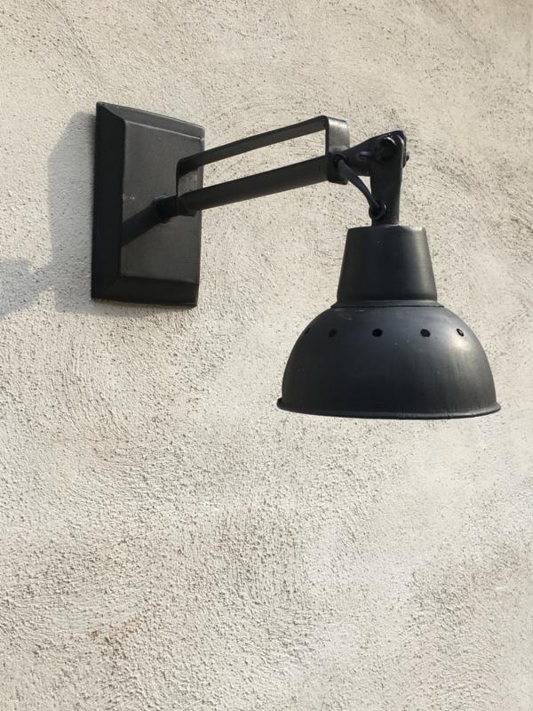 Industriële metalen Wandlampje hanglamp spot wandlamp plafondlamp zwart zwarte old oud oude look industrieel landelijke stijl stoer plafondlamp wandlamp kap metaal verstelbaar landelijk stoer vintage