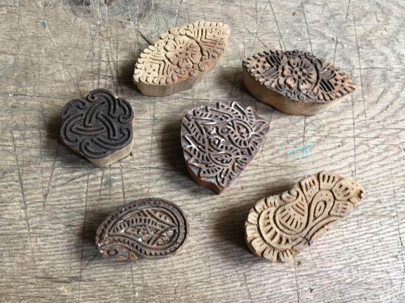 oude houten stempeltje henna batik textiel stempeltjes landelijk industrieel vintage stempel batik textiel india