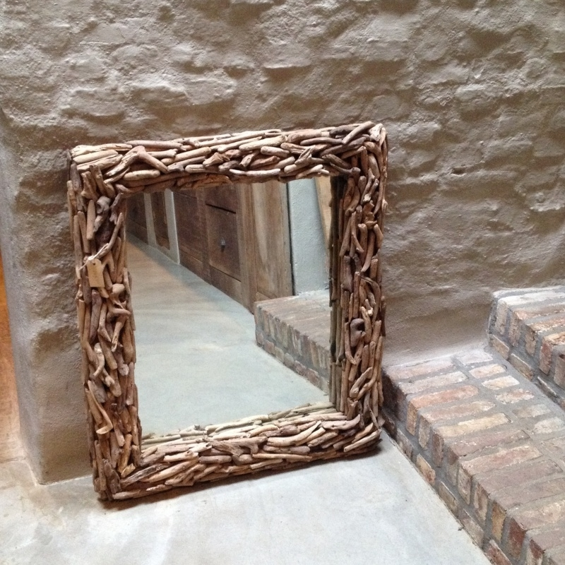 Stoere driftwood spiegel 90 X 80 cm landelijk hout houten drijfhout