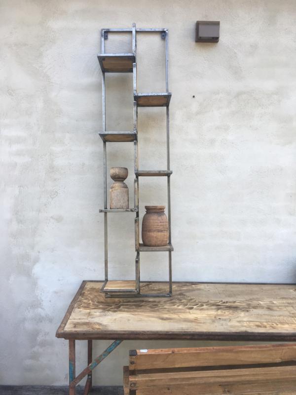 Hoog smal metalen houten wandrek verspringend wanddecoratie rek schap 155 x 45 x 22 cm industrieel landelijk stoer vintage