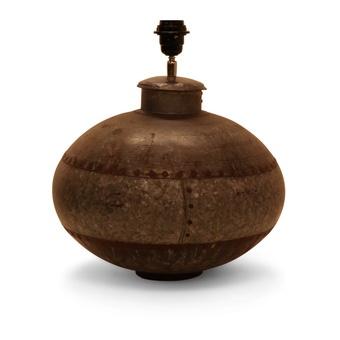 Oude metalen ketel ketellamp lampenvoet lampevoet landelijk industrieel grijsbruin stoer urban vintage