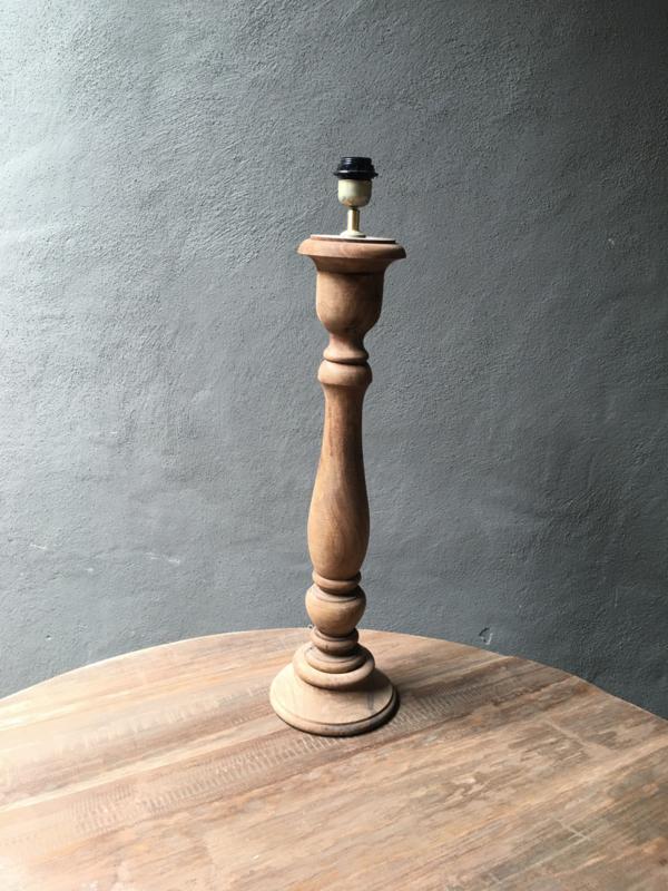 Stoere naturel bruine houten balusterlamp 70  cm tafellamp landelijk stoer robuust