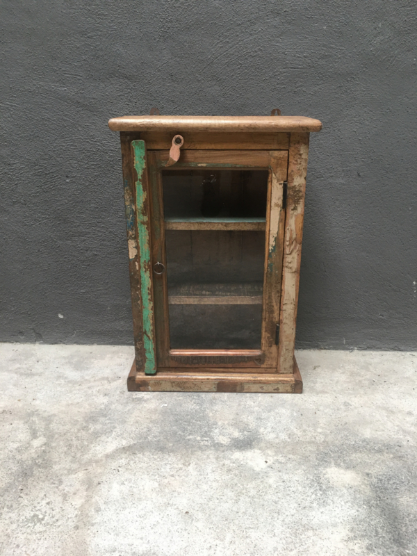 Oud vitrine kastje medicijnenkastje kast vintage naturel Oosters vitrinekastje stoer landelijk Brocant industrieel