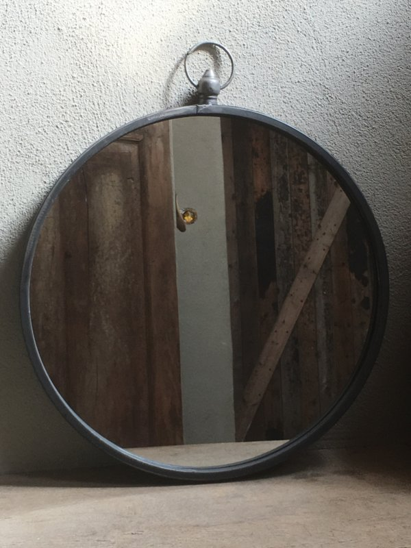 Metalen landelijke grote ronde spiegel spiegeltje 40 cm rond grijs landelijk old look landelijk industrieel