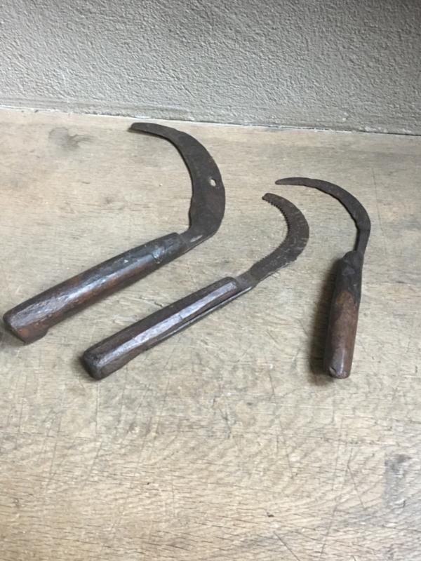 Oud kapmes zakmes mes landelijk stoer nostalgie industrieel hout metaal