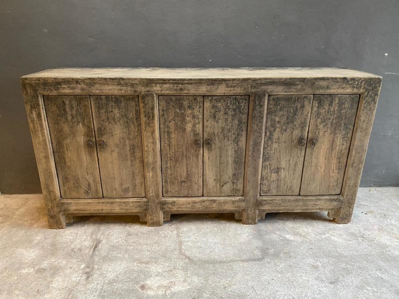 Prachtige grote oude vergrijsd doorleefd houten kast dressoir wandkast toonbank werkbank landelijk stoer