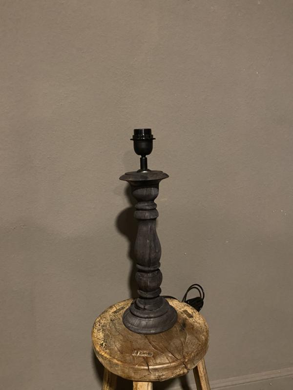 Stoere vergrijsd mat zwart antraciet zwartbruine houten balusterlamp stoer industrieel ballusterlamp tafellamp 35 cm tafellamp landelijk stoer robuust
