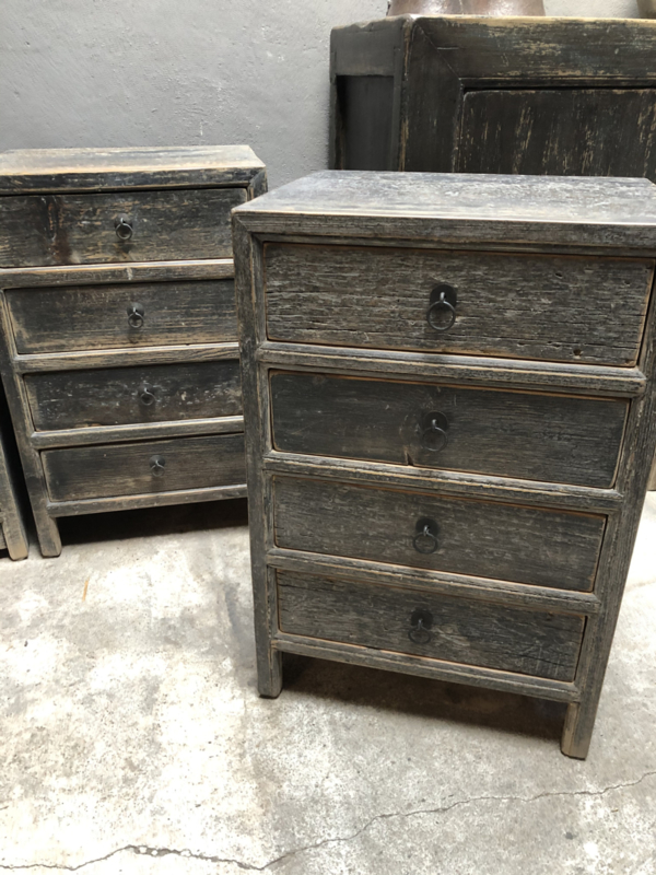Gaaf grijs houten zwart kastje nachtkastje hout antraciet nachtkastjes ladekast ladenkastje landelijk stoer industrieel vergrijsd hout houten