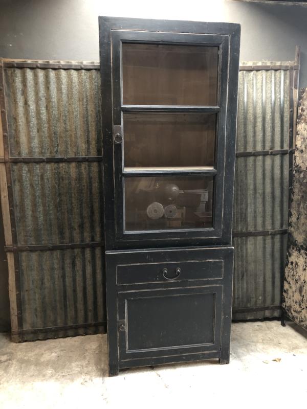 Mooie grote hoge kast met glas servieskast  225 x 85 x 50 cm vitrinekast keukenkast zwart hout landelijk stoer industrieel