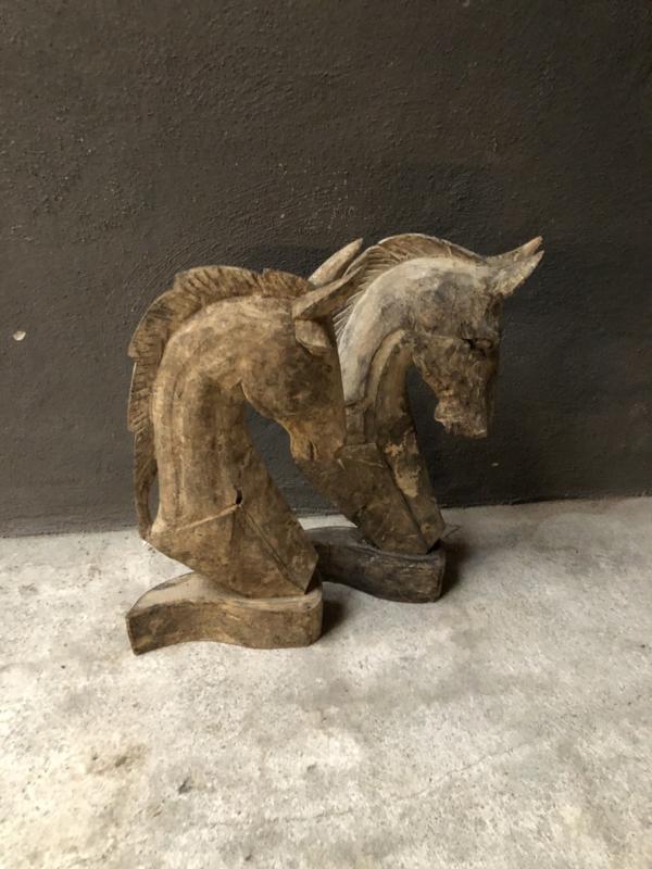 Vergrijsd houten paard horse paardenhoofd paardenkop landelijk stoer sober