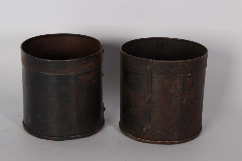 Oud metalen bakje potje bak pot 10 x 12 cm landelijk stoer industrieel roest roestbruin