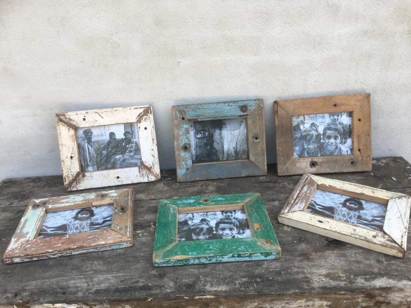 Sloophouten fotolijst fotolijstjes fotolijstje lijst lijstje Color colour gekleurd kleur kleurtjes verf frame foto photo vintage landelijk