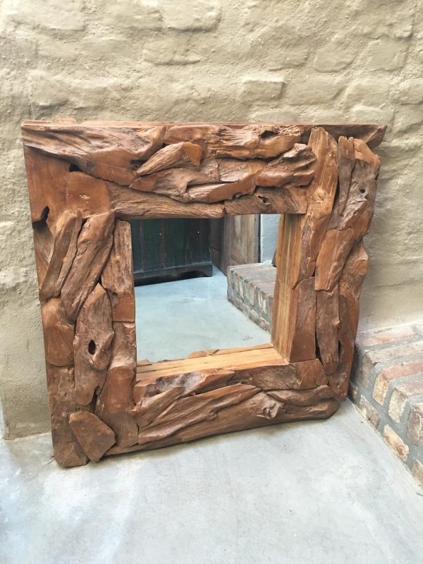 Grof teakhouten spiegel landelijk robuust stoer  80 x 80 cm
