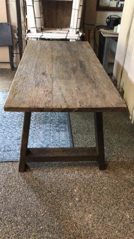 Stoere grove houten tafel 240x100cm