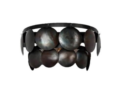 Stoere ijzeren wandlamp oud zwart lamp schelpen schelpjes landelijk stoer industrieel