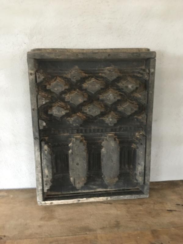 Prachtig groot origineel oud paneel mal van plafondornament  70 x 51 cm Wandpaneel wandornament Luik landelijk