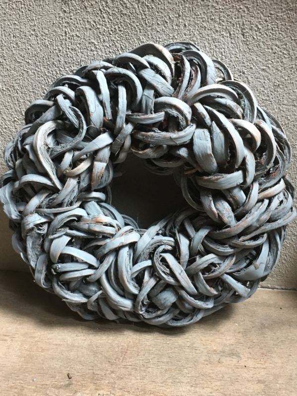 Grijze grijs dark grey wash Krans krul Coco cut wreath 38 cm donkergrijs