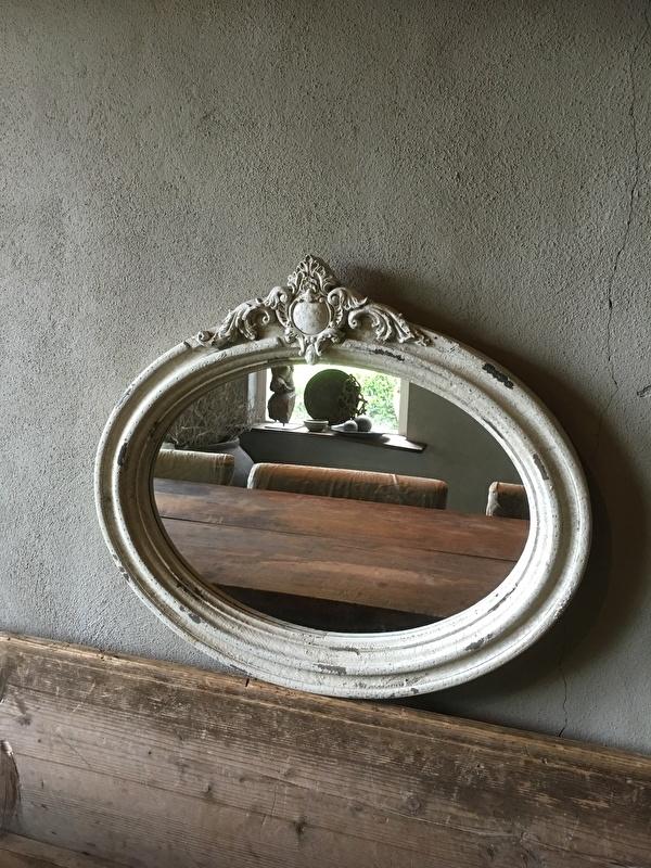 Prachtige houten ovale spiegel ovaal oud oude look stoer landelijk