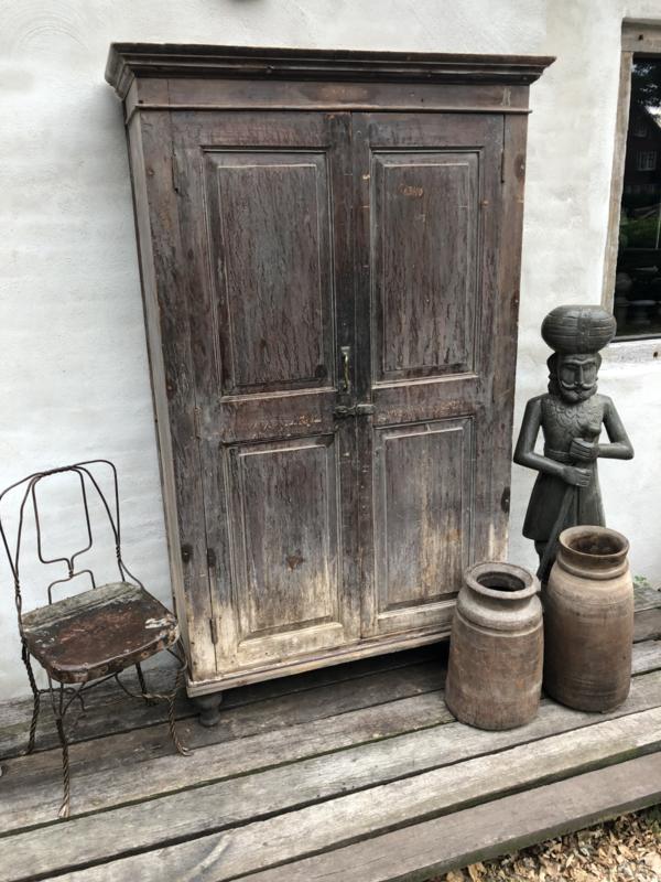 Prachtige Grote Oude Vergrijsd Houten Kast 2deurs Linnenkast