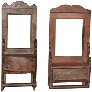 Stoer houten spiegeltje spiegel wand met vakje schapje hout landelijk vintage urban