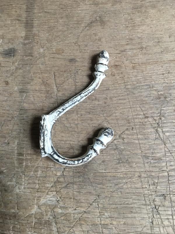 Gietijzeren haak haakje kapstokhaak kapstok wandhaak wandhaakje landelijk gebroken wit dubbel