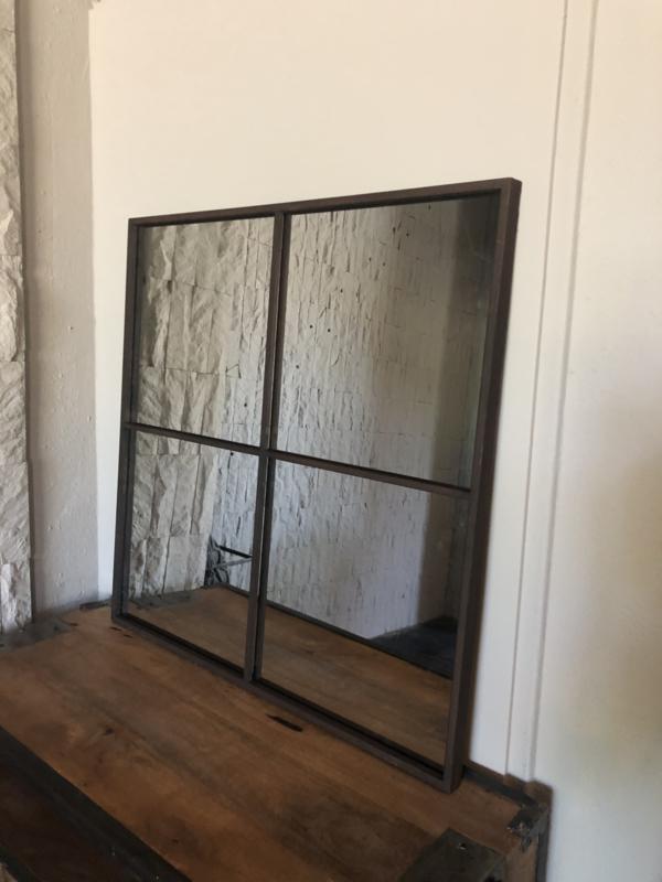 Groot bruin/roest metalen stalraamspiegel 80 x 80 cm vierkant vierkante palace pomax stalraam kozijn venster tuinspiegel spiegel zwart kozijn venster landelijk industrieel vintage