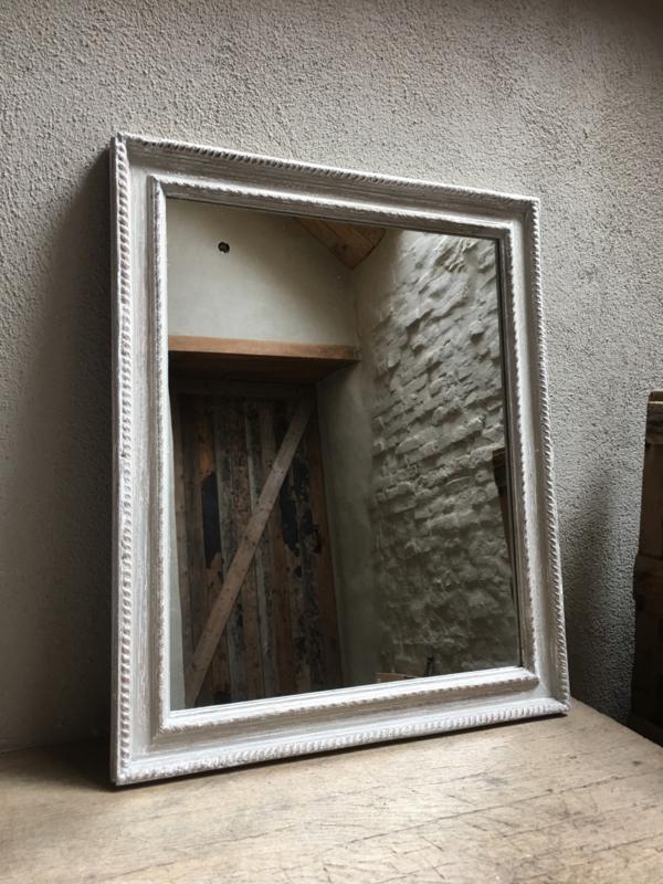 Landelijke houten spiegel rustiek 59 x 49 cm grijs wit doorgeschuurd landelijke stijl Brocant