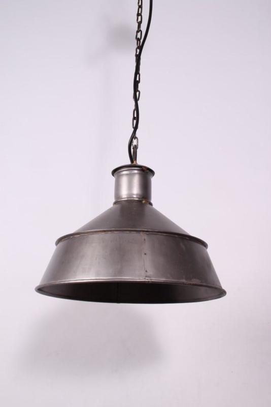 Stoere industriele oud metalen hanglamp recyclen metaal lamp 30 x 27 cm industrieel landelijk stoer