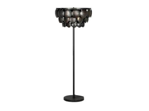 Stoere ijzeren staande lamp 50 cm oud zwart lamp schelpen schelpjes landelijk stoer industrieel