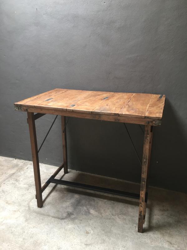 Oude houten klaptafel bartafel 90 x 90 cm hangtafel werkplek buro bureau loungetafel staantafel bar sta-tafel landelijk hoge hoog model industrieel werktafel metaal hout metalen houten