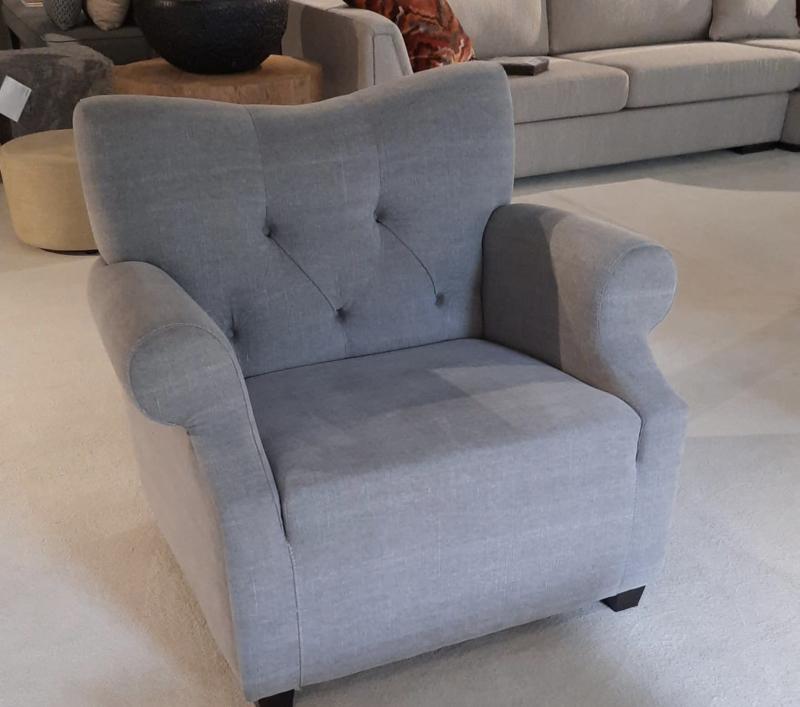 Prachtige stoffen Fauteuil bijzet stoel Mats landelijk gecapitonneerd
