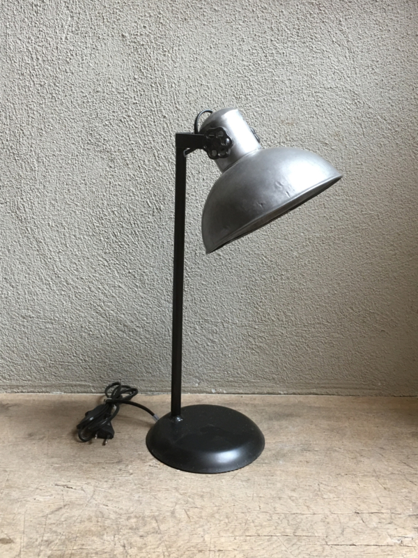 Industrieel lampje buro bed leeslampje tafellamp tafellampje landelijk grijs stoer metaal