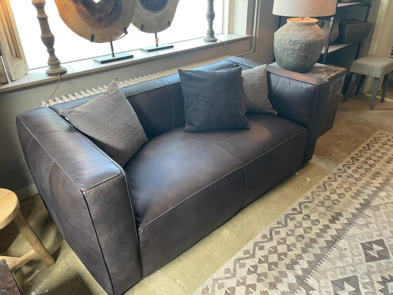 Prachtige kwaliteit Stoer leren 2 zitter 2 zit bank bankstel bankje grijs grey stoer landelijk robuust lounge 188 x 94 x 73 cm