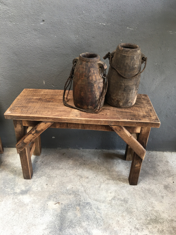 Oud landelijk houten bankje bank 75 cm salontafel kindertafel tuinbank eettafelbank bureau kind kinderen kinder kruk sidetable bijzettafel salontafel