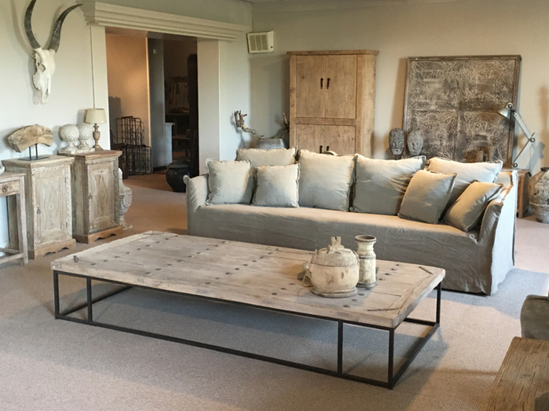 Prachtige grote landelijke stoere sobere beige grijs stone washed linnen bank bankstel 260 cm losse hoezen kussens