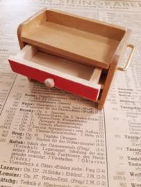 houten kastje met lade