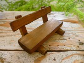 bank van bruin hout
