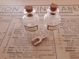 2 glazen kruidenpotten KAMILLE & BERKENBAST