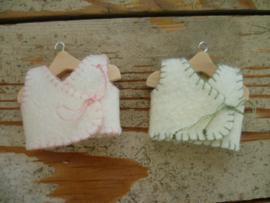 3 overslaghemdjes  babymuisjes met patroon
