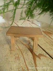 tafel van verweerd hout