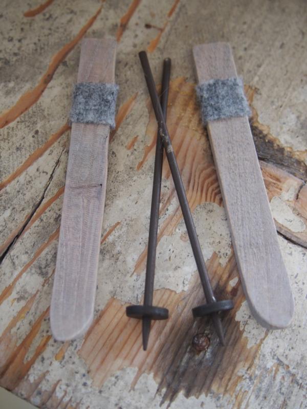 skis with ski poles