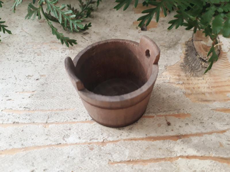 houten kuip bruin