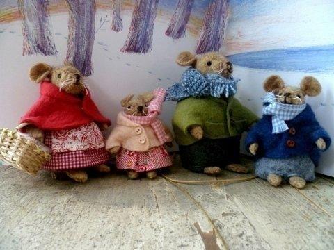 """Patroon """"Jasjes en pyjama's voor familie muis"""""""