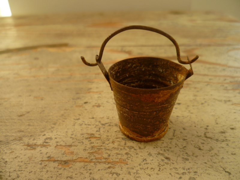 emmer roest 2,5 cm hoog
